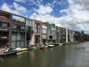 Eastern Docklands: Self-build waterfront housing in Scheepstimmermanstraat