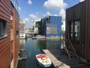 floating houses on ijburg